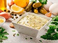 Рецепта Сос Ремулад с майонеза, горчица и кисели краставички – за калмари и риба
